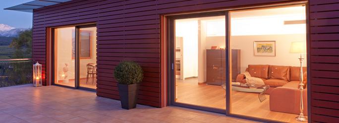 Porte e finestre in pvc alluminio e pvc legno finart serramenti - Porte finestre legno ...