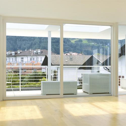 Porte e finestre in pvc alluminio e pvc legno finart for Porte e finestre pvc